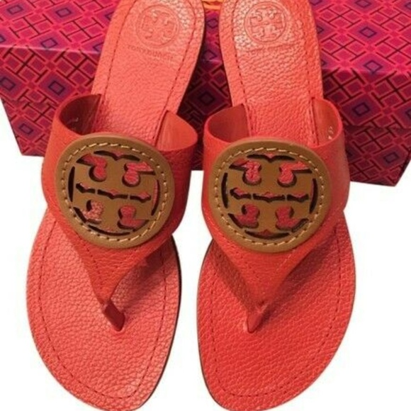 3b48d52f6 NEW Tory Burch Louisa Thong Logo Sandal